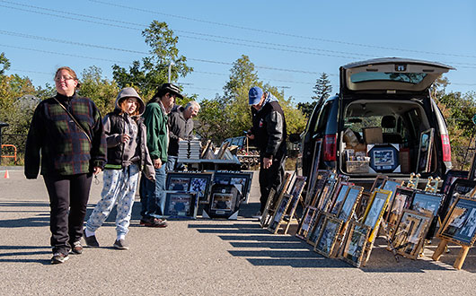 flea market vendors on street