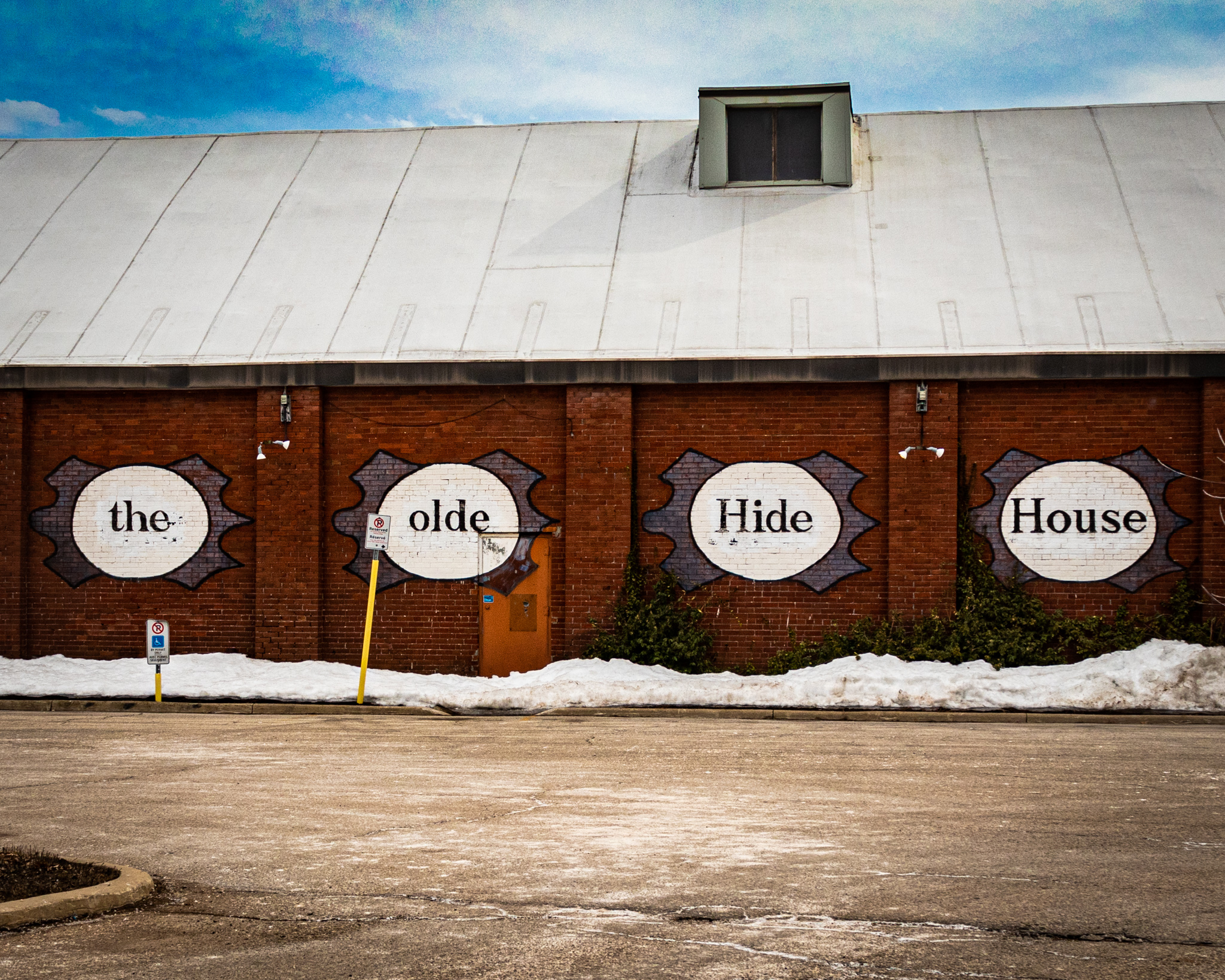 The Olde Hide House